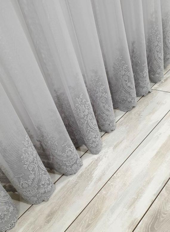 Тюль грек-сетка Bridalveil серый с блеском