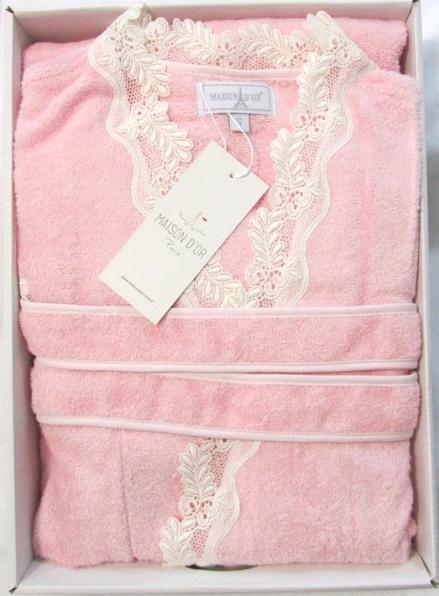 Женский халат бамбуковый Maison D'or Dina с кружевом светло-розовый