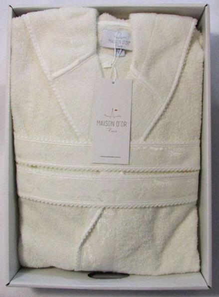 Женский халат бамбуковый Maison D'or Vassago с гипюром кремовый