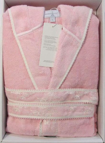 Женский халат бамбуковый Maison D'or Vassago с гипюром розовый