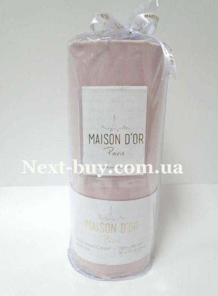 Простынь на резинке 220х240см сатиновая Maison D'or Грянзо-розовая с наволочками