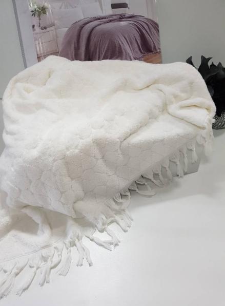 Maison D'or Paris Danielle Bedspread махровая простынь с бахромой хлопок крем