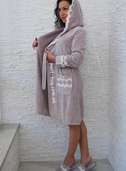 Maison D'or Vanessa Long махровый халат с кружевом фиолетовый