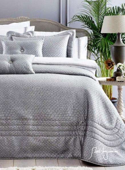 Pepper Home Natalie элитное покрывало 270х260см с наволочками и декоративными подушками серый