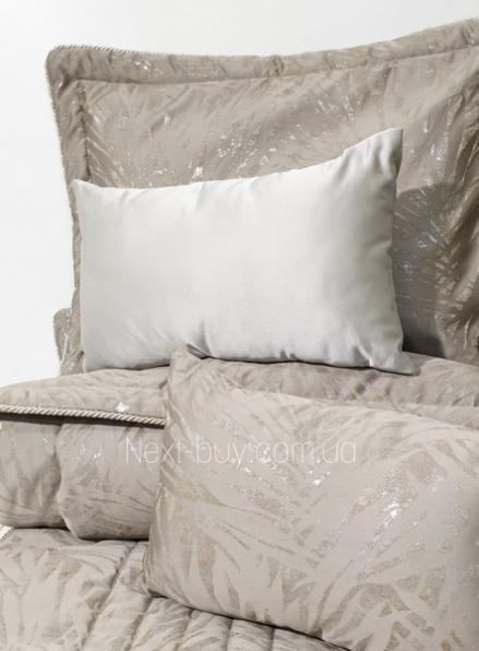 Pepper Home Palmira элитное покрывало 270х260см с наволочками и декоративными подушками коричневое с золотом