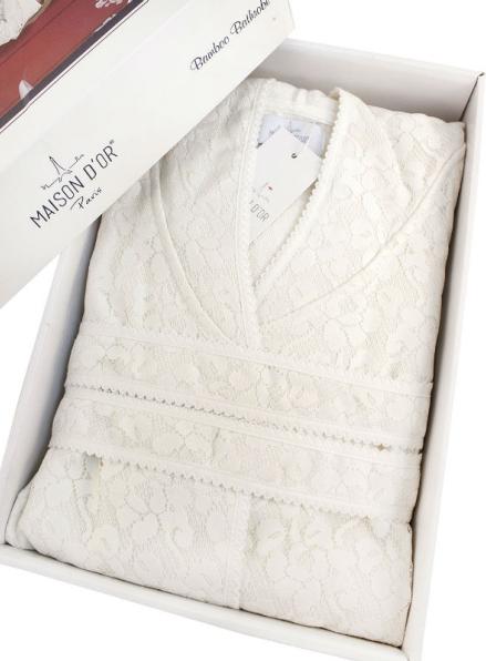 Женский халат бамбуковый Maison D'or Phul с гипюровой сеткой крем