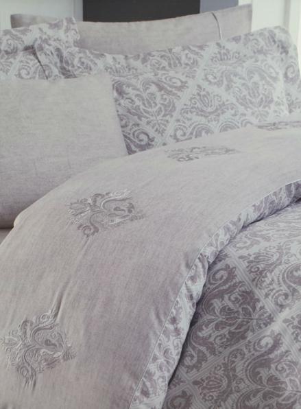 Maison D'or New Damask beige постельное белье евро 200х220 сатин с вышивкой